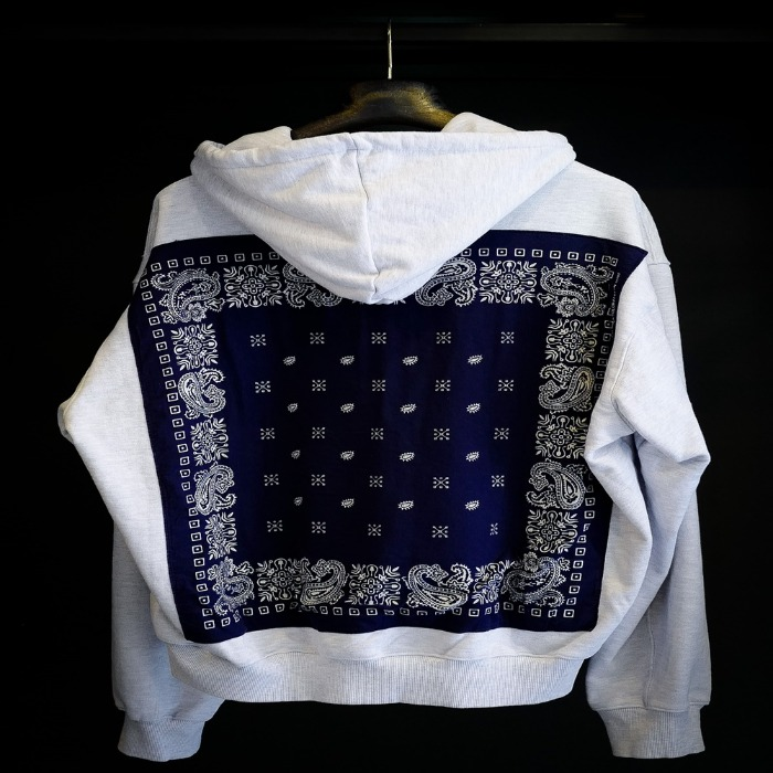 [BIRTHDAYSUIT] BANDANA HOOD ZIP-UP (WHITE)