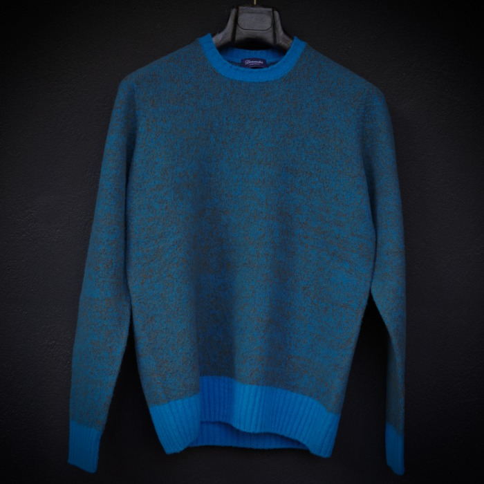 [DRUMOHR] CREWNECK SWEATER (BLUE)