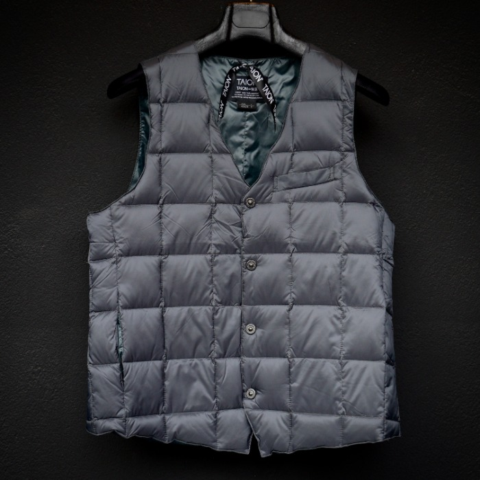 [TAION] SINGLE VEST (CHARCOAL)