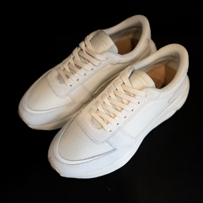 [MANO STUDIO] RUNNER SNEAKERS (WHITE)