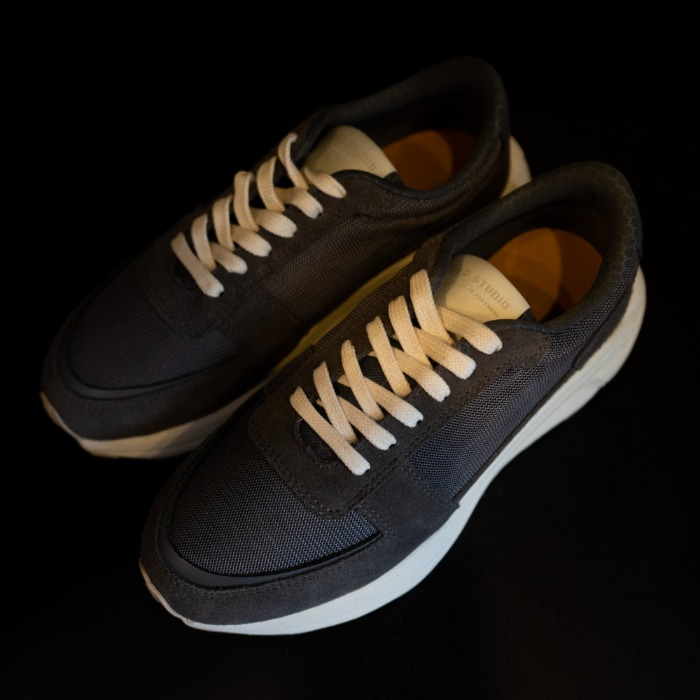 [MANO STUDIO] RUNNER SNEAKERS (GRAY)