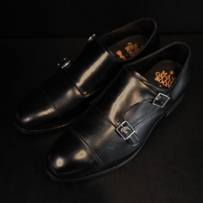 [MAN ON THE BOON] DOUBLE MONK STRAP (BLACK)