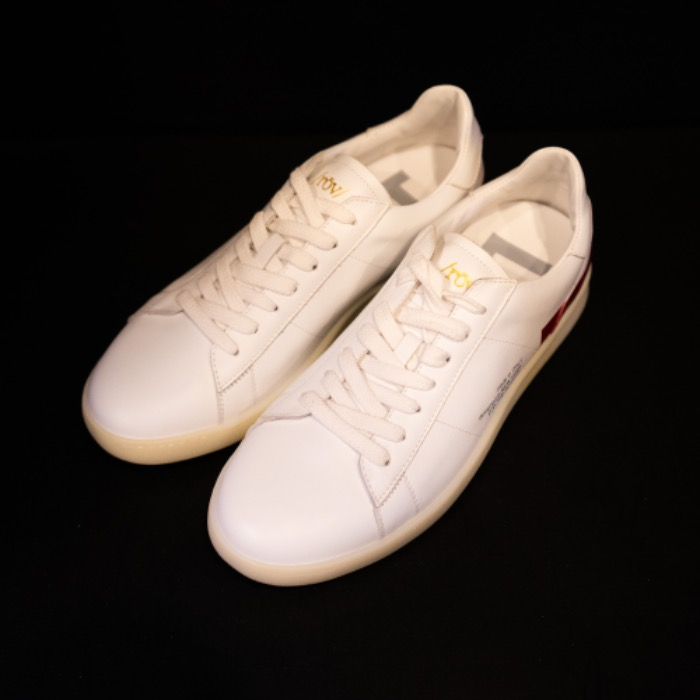 [ROV] WHITE SNEAKERS (RED)